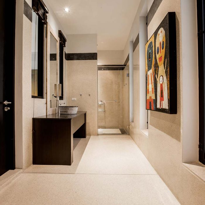 Sands Ivory Room Shower
